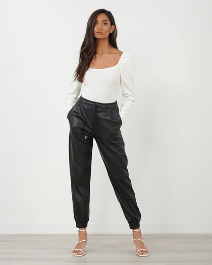White Basic Top with Puff Sleeve